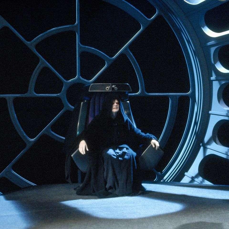 , Ecco come Palpatine è sopravvissuto alla sua morte, Star Wars Addicted